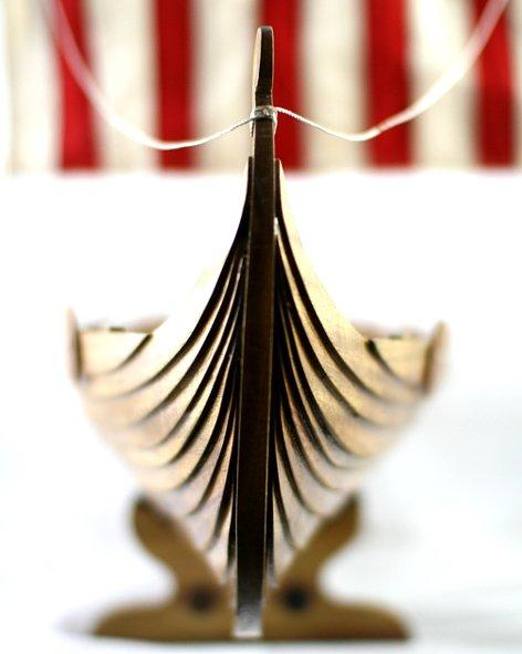 death viking longboat urn